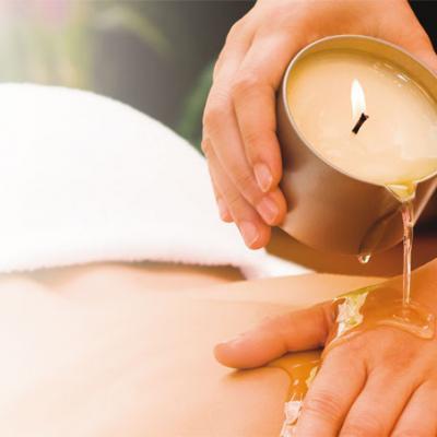 Massage a la bougie